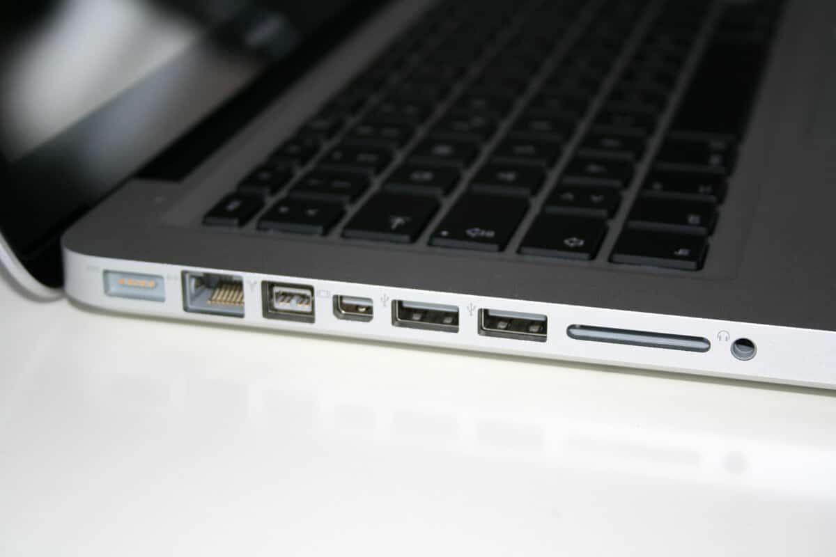 MacBook Pro Unboxing - erste Eindrücke von Mac OS X