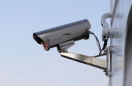 Vorsicht ist die Mutter der Porzellankiste: Überwachung für mehr Sicherheit am Haus