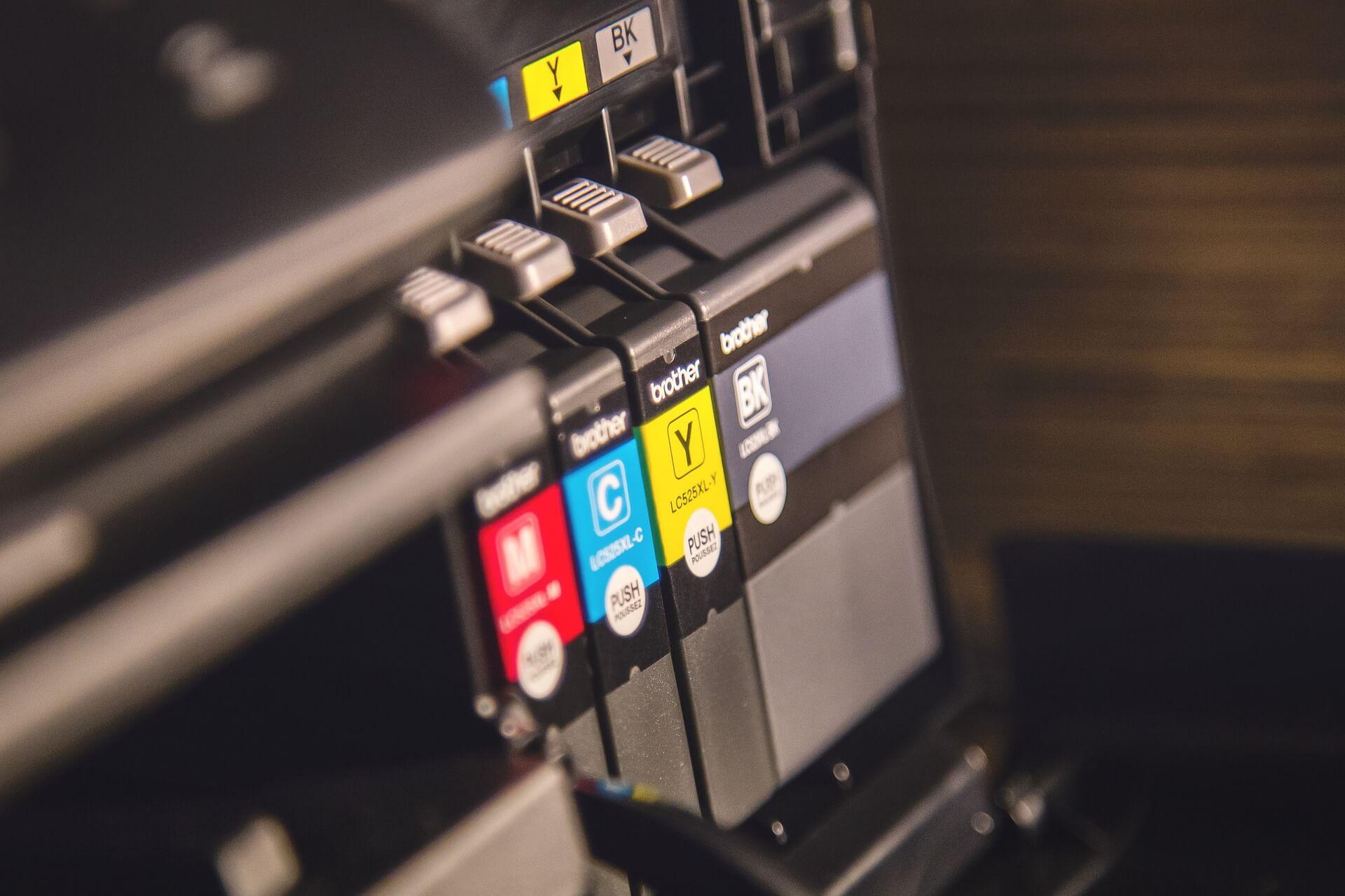 Der Drucker funktioniert nicht - Alltagssituation in deutschen Büros