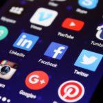 Wie Soziale Medien unerlaubte Inhalte von ihren Plattformen fernhalten (wollen)